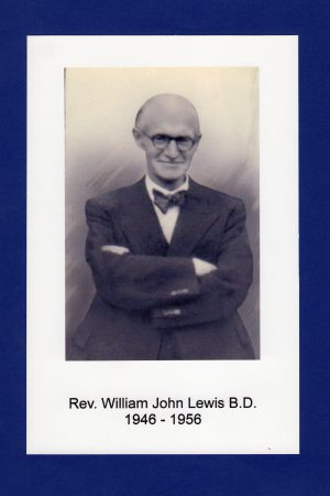36.-Rev.-William-J.-Lewis-1946-1956